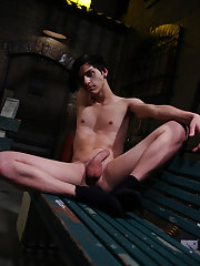 Cop and twink outdoor gay sex porn pics and stocky twinks free porn - Gay Twinks Vampires Saga!