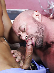 Men fucking hardcore pussy and mature man having hardcore sex at Bang Me Sugar Daddy