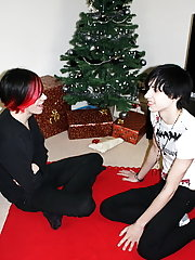 Sit with as these two hot emo's wake up christmas morning to find santa has left them a nice suprise under the tree mature boy fucking at Homo EM