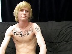 Twink fight pic and black twink guy porn pictures at Boy Crush!