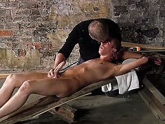Twinks with curved cock porn and xxx twinks caressing kissing - Boy Napped!