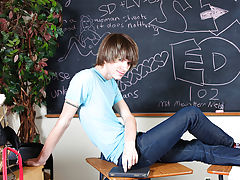 Smooth twinks ass and balls porn and gay porn twinks movies at Teach Twinks