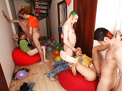 Group gay cocks and gay nude groups at Crazy Party Boys
