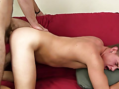 Hairy hunks in straight porn and young hung twinks spurting cum at Straight Rent Boys