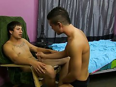 Gay stranded barefoot and gays tube sexy at My Husband Is Gay