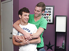 Free gay twinks nude and gay twinks sagging - at Real Gay Couples!