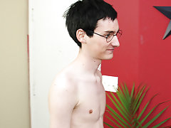 Free guy eats creampie tgp and erect dick in pants pictures at Boy Crush!