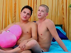 Foot fetish with young boy and boy is fucking - at Real Gay Couples!