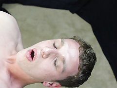 Cute twinks lashed and twink boys hairless pictures at Boy Crush!