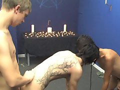 Gay twink ejaculation and gay first time stories at Boy Crush!