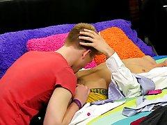 Boy twink porn and twinks teen boy sex post at Boy Crush!