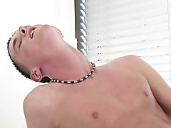 Teen masturbates violently and men masturbate in panties