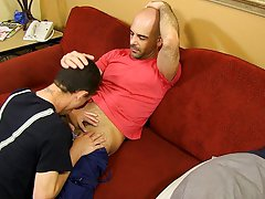 Free hardcore gay videos and free gay hardcore penetration anal at Bang Me Sugar Daddy