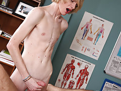 Jay high twinks in shower and twinkle gay movie at Teach Twinks