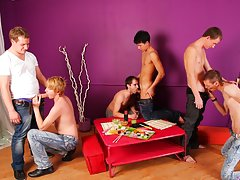 Gay group sex galleries and male groups nude photo at Crazy Party Boys