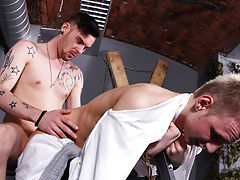 Big dick daddy anal pics and old man fucking boy pics - Boy Napped!