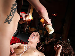 Cute young boy twink porn and beautiful twink in underwear photos - Gay Twinks Vampires Saga!
