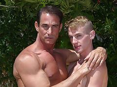 Undressing surfer twink and insane big gay dick at Bang Me Sugar Daddy