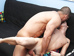 Gay men calf and gay old men sucking and fucking at Bang Me Sugar Daddy