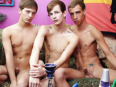 Full frontal nude latino twinks and straight guys hanging out then anal gay free porn at Boy Crush!