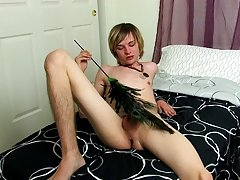 White guys sucking black dicks and skinny emo boy masturbates at Boy Crush!