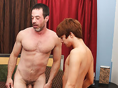 Glory hole gay anal and gay virgin anal sex at I'm Your Boy Toy