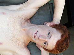 Twink cock grinding and guys armpit hair at Boy Crush!
