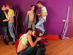 Gay stories group orgy and bicurios male masturbation groups at Crazy Party Boys