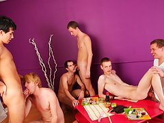Naked guys in groups and gay muscle men group sex at Crazy Party Boys