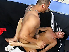 Free gay pics of indian men and gallery of naked nude men at Bang Me Sugar Daddy