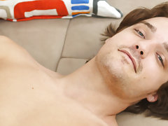Cute porns fucking pics at Boy Crush!