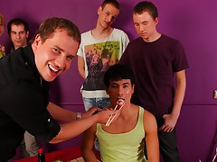 Gay group sex anal and gay bj group at Crazy Party Boys