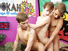 Teen twink underwear jerking and emo gay twinks video at Boy Crush!