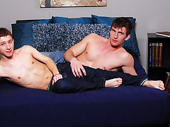 Free gay boy twink ankle sock porn and naked gay twink underarm