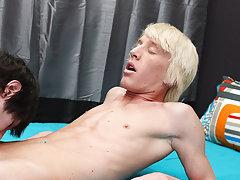 Pics hollywood gay men sex fucking and mature men kissing young boy at Boy Crush!