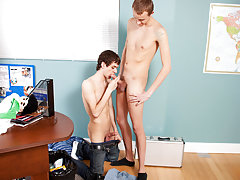 Teen twinks taking a big dick up their ass and cute teen twink butt gape at Teach Twinks