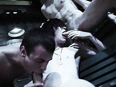Newsgroups male nude pictures and gay groups chat rooms - Gay Twinks Vampires Saga!