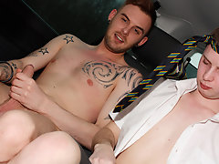 Teen boys with asses and young naked boys gay stories - at Boys On The Prowl!