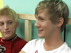 Handsome nude twink pictures at Boy Crush!
