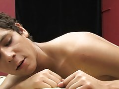 Pic sex fat gay and emo twink sucking nipples at Boy Crush!