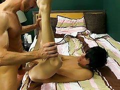 Naked young boys sweet cocks and mens shaved penis pic at Bang Me Sugar Daddy