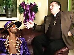 Interracial gay pics fisting and interracial gay sex gallery pic
