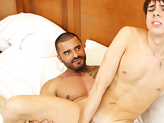 Gay men with a loose ass picture and bum hole by gay boy fuck at I'm Your Boy Toy