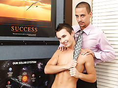 Horny twinks pictures and free handsome twink at Teach Twinks