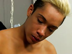 Naked black hairy daddies penises and trap twink porn at Boy Crush!