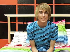 Emo twink bi facials and hot twink male zone at Boy Crush!
