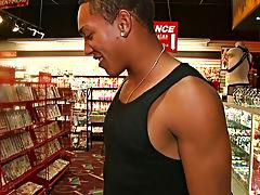 Guy giving blowjob porn and old gay interracial blowjob