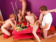 Nude mens group and free gay group sex picture at Crazy Party Boys