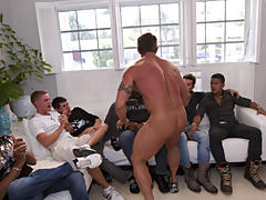 Amature gay group sex and free group gay sex videos at Sausage Party