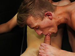 Cut man wanking and hot butt cut men at Boy Crush!